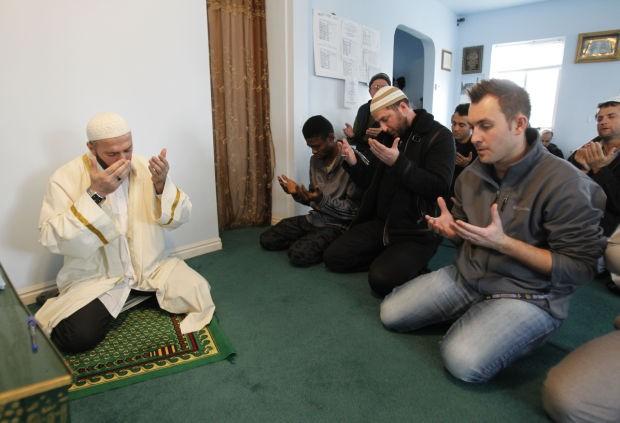 middle falls muslim Would ms hauslohner like to explain abdurahman alamoudi, founder of pentagon's muslim chaplain program and state department civilian ambassador, convicted of.