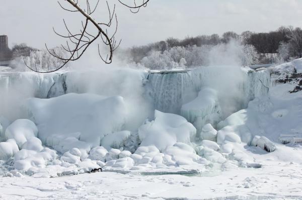Niagara-frozen