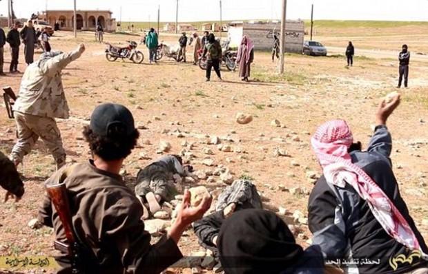 ISIS Executes Gays