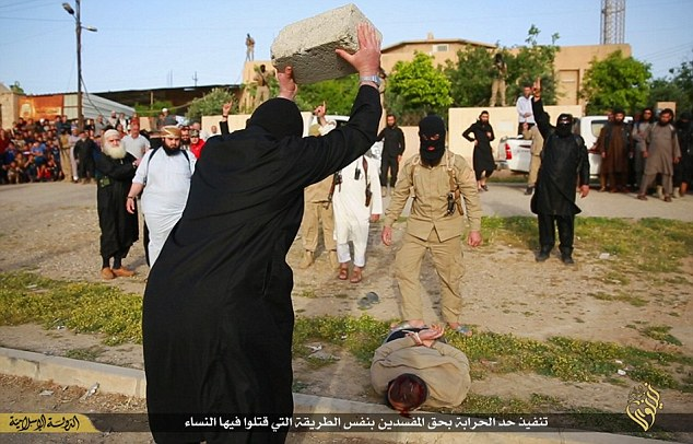 ISIS crushes head of murderer