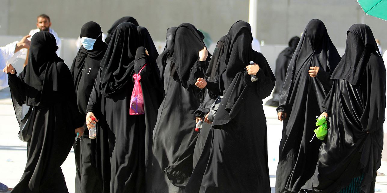 muslim womens rights today Iranian law still favors men, but women in that country are more educated and have a more visible role in life than in many other islamic countries, such as saudi arabia.