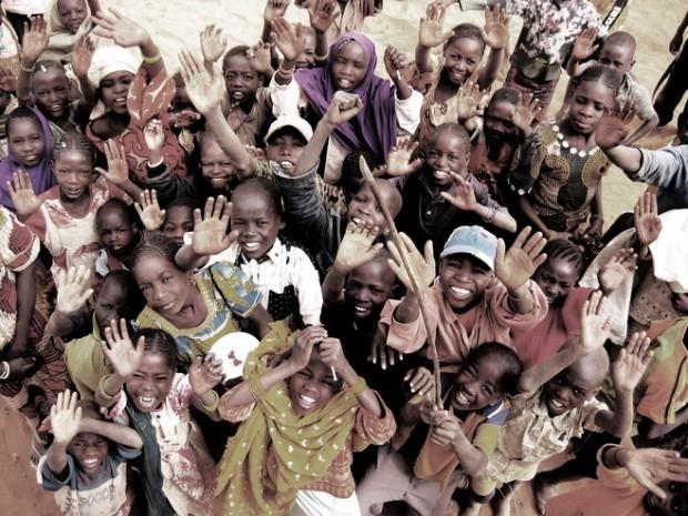 crowd of kids Niger