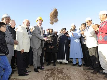 Mosque_groundbreaking_18_GP___Content