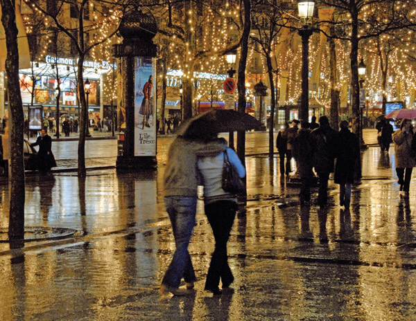 Paris-rainy-night-2